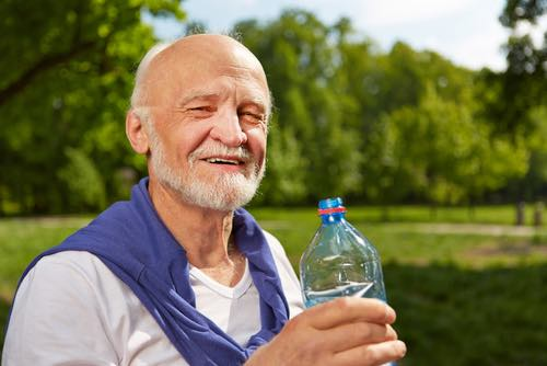 Summer heat safety tips for seniors